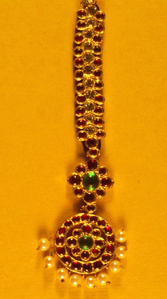 Nethi Chutti - with Gem Stones